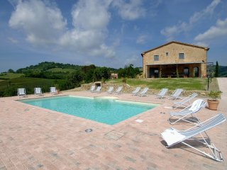 6 bedroom Villa in Villa Barone, Tuscany, Italy : ref 5229693
