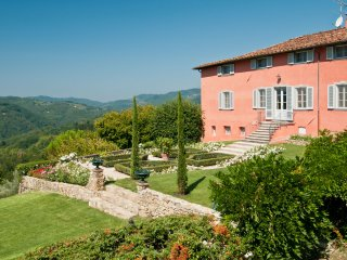 4 bedroom Villa in Querce al Pino, Tuscany, Italy : ref 5229691
