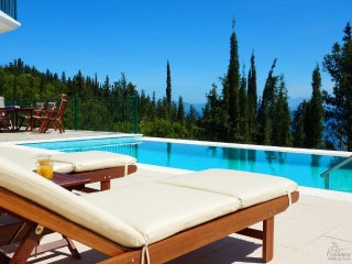 3 bedroom Villa in Matsoukáta, Ionian Islands, Greece : ref 5228157