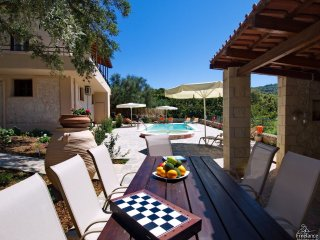 Armenoi Villa Sleeps 8 with Pool Air Con and WiFi - 5228071