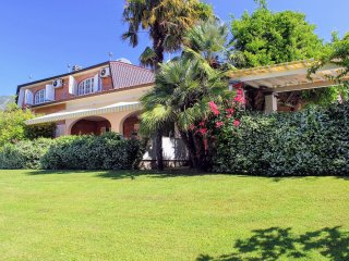 7 bedroom Villa in Vallecchia, Tuscany, Italy : ref 5227021