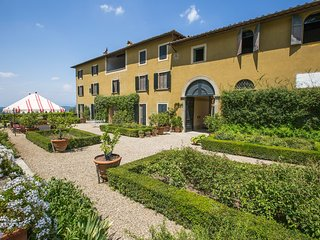 8 bedroom Villa in San Bartolomeo a Quarate, Tuscany, Italy : ref 5226995