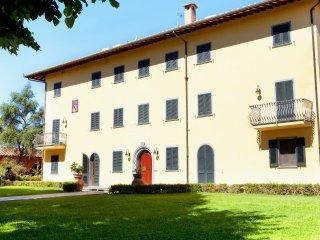 8 bedroom Villa in Fucecchio, Tuscany, Italy : ref 5226965