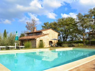 San Gimignano Holiday Home Sleeps 6 with Pool and WiFi - 5226963