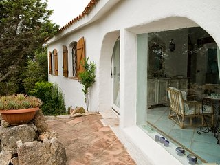 Cala di Volpe Holiday Home Sleeps 6 with Pool and Air Con - 5226928