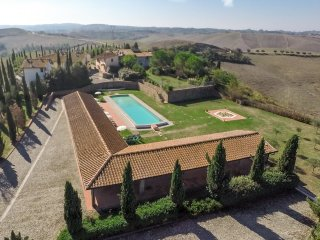 28 bedroom Villa in Montaione, Tuscany, Italy : ref 5226913