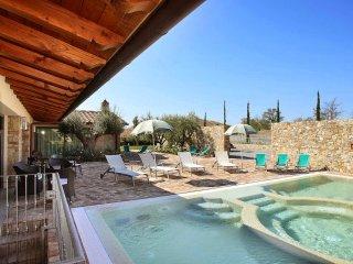 3 bedroom Villa in Poggio alle Mura, Tuscany, Italy : ref 5226859