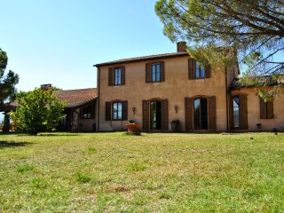 4 bedroom Villa in Massa Marittima, Tuscany, Italy : ref 5226834