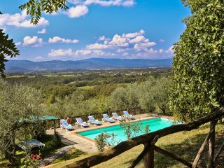 8 bedroom Villa in Santa Maria a Vezzano, Tuscany, Italy : ref 5226817