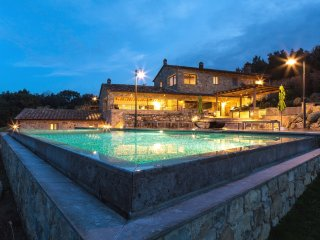3 bedroom Villa in Mensano, Tuscany, Italy : ref 5226781