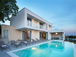 3 bedroom Villa in Diminici, Istarska Zupanija, Croatia - 5223961