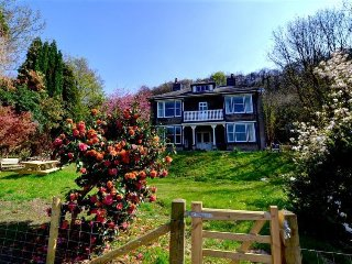 6 bedroom Villa in Barmouth, Wales, United Kingdom : ref 5223974