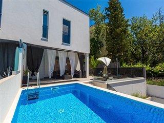 4 bedroom Villa in Selce, Primorsko-Goranska Županija, Croatia : ref 5222400
