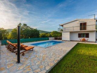 3 bedroom Villa in Primorski Dolac, Splitsko-Dalmatinska Županija, Croatia