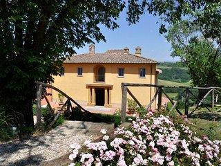 1 bedroom Apartment in San Gimignano, Tuscany, Italy : ref 5218384