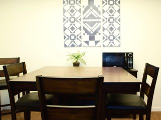 F5: Fully furnished, brand new apartment