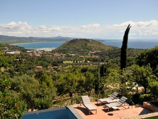 Cala Galera Villa Sleeps 10 with Pool Air Con and WiFi - 5218530