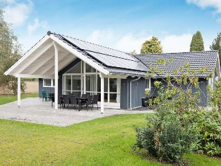 3 bedroom Villa in Gilleleje, Capital Region, Denmark : ref 5082702