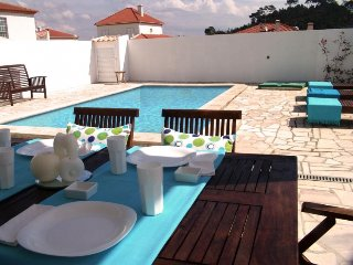 3 bedroom Villa in Sesimbra, Setúbal, Portugal : ref 5081923