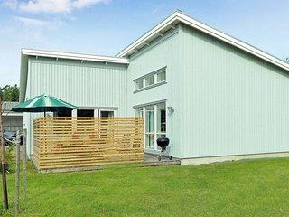 2 bedroom Villa in Vallentuna, Stockholm, Sweden : ref 5061280