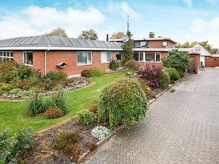 9 bedroom Villa in Hadsund, North Denmark, Denmark : ref 5061094