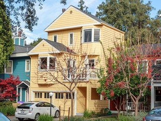 Exquisite Downtown Palo Alto House 3bed/3ba