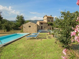 4 bedroom Villa in Montalla, Tuscany, Italy : ref 5059861