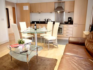 2 bedroom Apartment in City of London, England, United Kingdom : ref 5058542