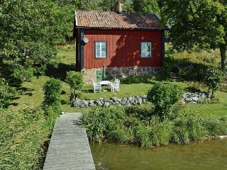 2 bedroom Villa in Mariefred, Södermanland, Sweden : ref 5058023