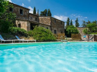 5 bedroom Villa in Radda in Chianti, Tuscany, Italy : ref 5055603