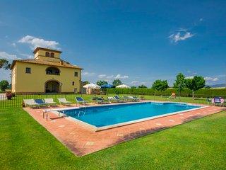 6 bedroom Villa in Monte San Savino, Tuscany, Italy : ref 5055645