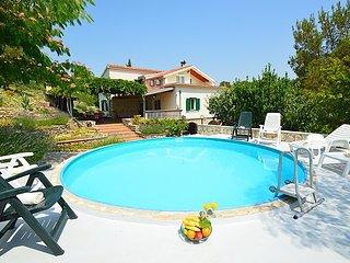 4 bedroom Villa in Zaton, Šibensko-Kninska Županija, Croatia : ref 5053679