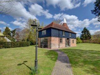 4 bedroom Villa in Beckley, England, United Kingdom : ref 5052400