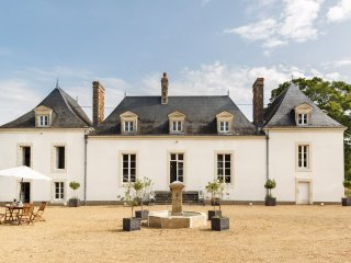 9 bedroom Chateau in Saint-Jean-du-Bois, Pays de la Loire, France : ref 5049832