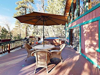 The Tree House: Wooded 4BR w/ Hot Tub, Foosball, Grill—Near Skiing & Dining