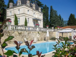 5 bedroom Chateau in Dignac, Nouvelle-Aquitaine, France : ref 5049785