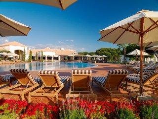 3 bedroom Villa in Aldeia das Acoteias, Faro, Portugal : ref 5049125