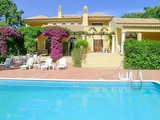 4 bedroom Villa in Quinta do Lago, Faro, Portugal : ref 5049154