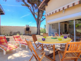 2 bedroom Villa in Lacanau-Ocean, Nouvelle-Aquitaine, France : ref 5699410