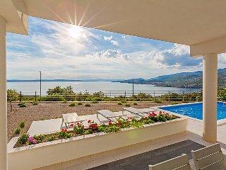 Luxeriöse Villa mit Panoramablick