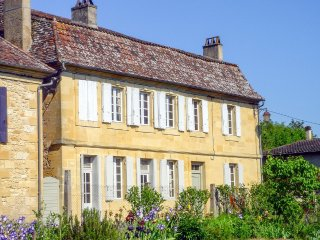 5 bedroom Villa in Lanquais, Nouvelle-Aquitaine, France : ref 5049609