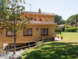 5 bedroom Villa in Sant Andreu de Llavaneres, Catalonia, Spain - 5044002