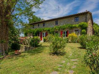 6 bedroom Villa in Vicchio, Tuscany, Italy : ref 5034563
