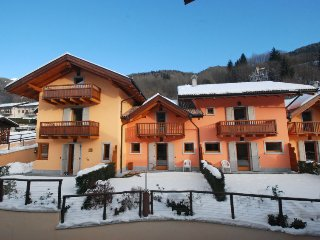 3 bedroom Apartment in Pinzolo, Trentino-Alto Adige, Italy : ref 5060373