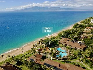 Hawaii Life Presents 'Aloha'Kai' MKV E-292 Newly Remodeled 1BR/1BA- Sleeps 6