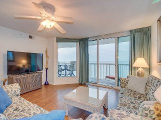 Spacious oceanfront condo in the north end of Cherry Grove