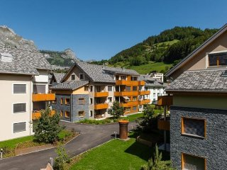 Gerschnialp Apartment Sleeps 6 with WiFi - 5028389