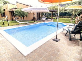 3 bedroom Villa in Cefalu, Sicily, Italy : ref 5028254
