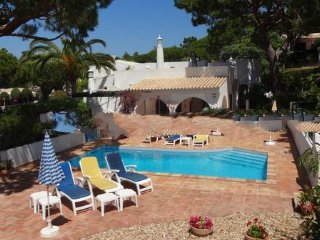 3 bedroom Villa in Vale do Garrao, Faro, Portugal : ref 5000245