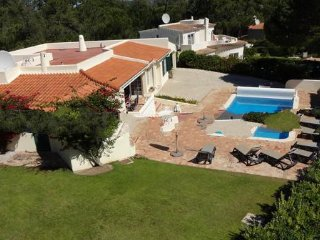 4 bedroom Villa in Valverde, Faro, Portugal : ref 5000226